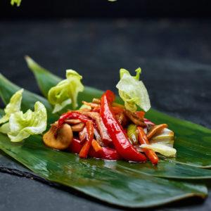 Японская еда. Суши роллы